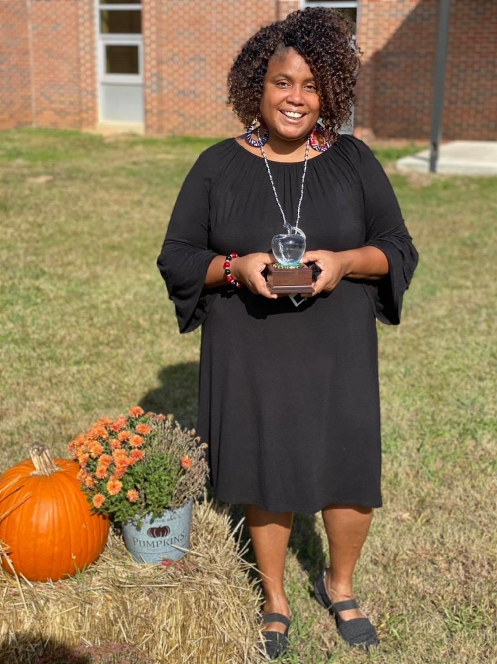 MMS Teacher Receives Crystal Apple Award